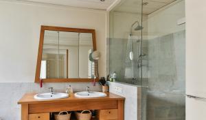 Custom Mirror and Shower