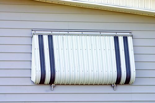 Aluminum storm window installation